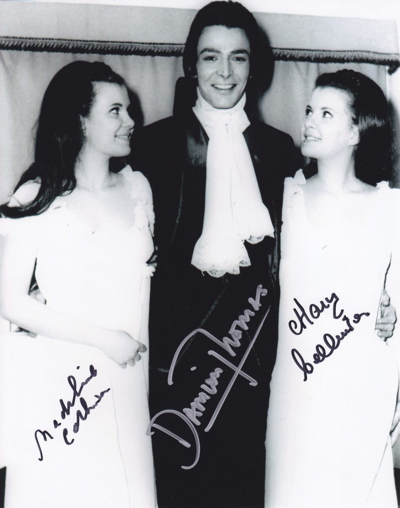Collinson Mary Madeleine Damien Thomas Signed  Still Twins Of Evil Hammer 0626 Old Gothic Horror